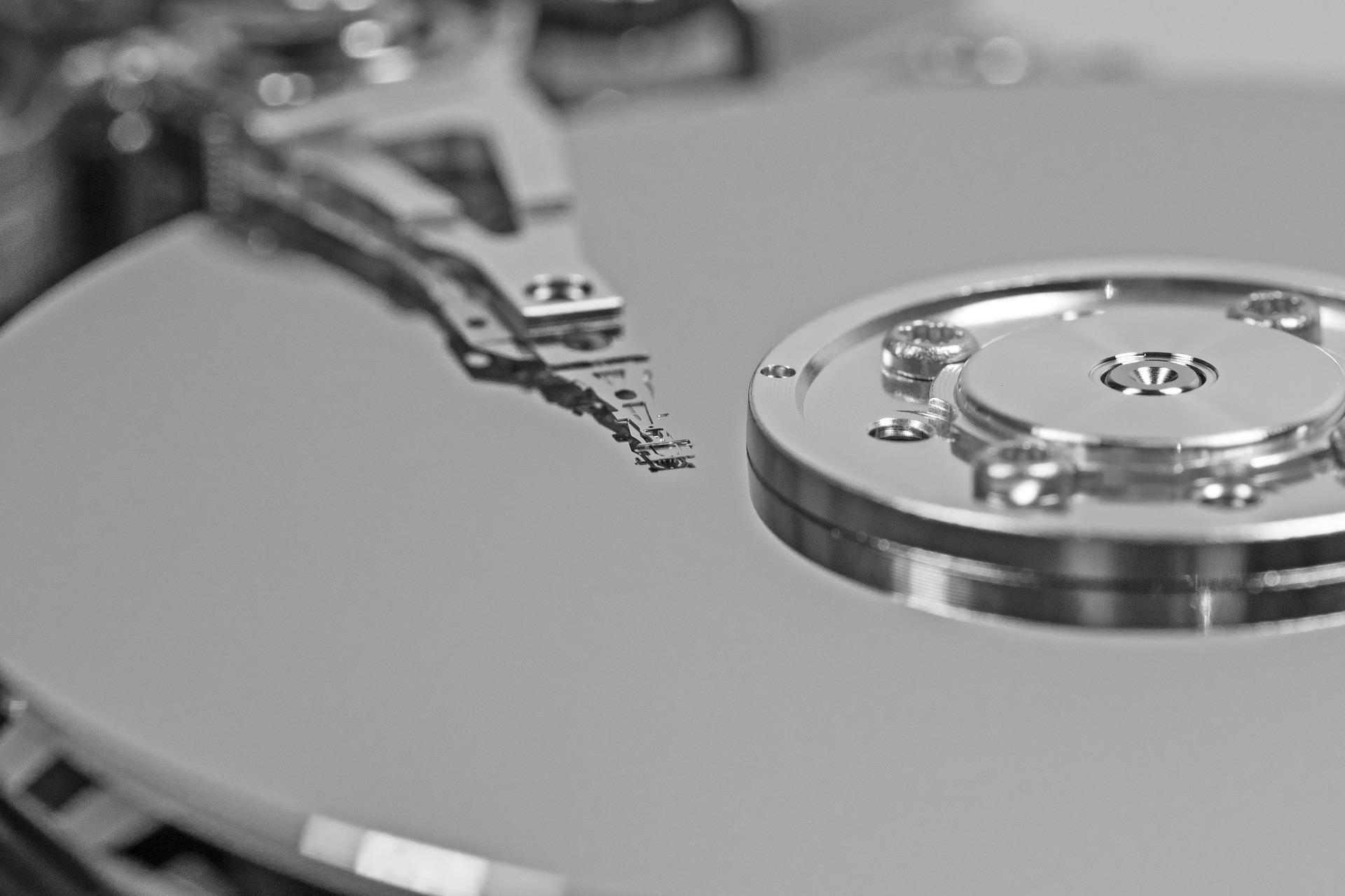 hard-drive-656128_1920